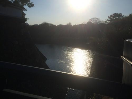 北桔橋門(きたはねばしもん)からの御堀
